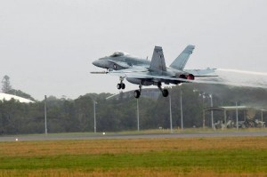 800px-RAAF_FA-18_taking_off_from_RAAF_Base_Williamtown_Feb_2011